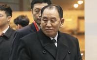 """""""Cánh tay phải"""" của ông Kim Jong-un bí mật đến Mỹ trong đêm"""