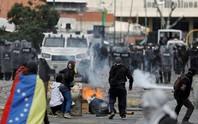 Mỹ - Venezuela đối đầu căng thẳng