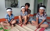Buốt lòng cảnh 3 đứa trẻ mất mẹ trong những ngày cận Tết