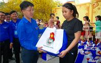 TP HCM: Tưng bừng lễ tiễn 1.500 thanh niên công nhân về quê đón Tết