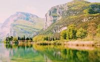 Hồ vùng Bắc Ý và những cái nhất