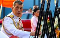 Vua Thái Lan sa thải cận vệ phòng ngủ vì tội thông dâm