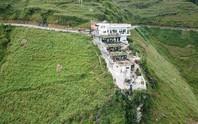 Xây dựng công trình khủng không phép trên đỉnh Mã Pí Lèng