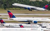 Hành khách siêu lầy làm máy bay không thể cất cánh