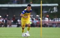 HLV Park Hang-seo gạch tên Ngô Hoàng Thịnh ở trận gặp UAE