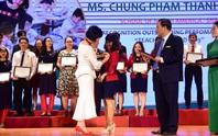Trao tặng 51 trái tim vàng cho thầy cô giáo tận tụy với nghề