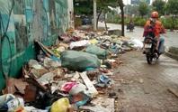 Lề đường thành bãi rác