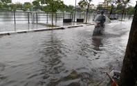 Mưa lớn ở Đà Nẵng, nhiều tuyến đường ngập nước