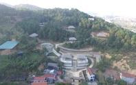 Nghi vấn người Trung Quốc xây phim trường trên núi: Trách nhiệm cán bộ ở đâu?