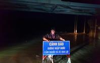 Lo ngại bão số 6 giật mạnh, Phú Yên, Bình Định cho học sinh nghỉ học