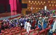Quảng Ninh: Tuýt còi sự kiện có sự tham gia của gần 600 du khách Trung Quốc