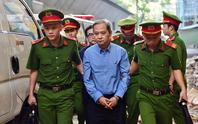 Nguyên Phó chủ tịch UBND TP HCM  Nguyễn Hữu Tín lãnh 7 năm tù