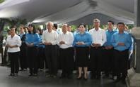 LĐLĐ TP HCM viếng lễ tang Phó Chủ tịch UBND TP Nguyễn Thị Thu