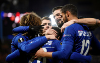 Arsenal ngược dòng, Chelsea bùng nổ ở Europa League