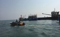 Lai dắt thành công tàu hàng chở gần 2.000 tấn gạo gặp nạn trên biển