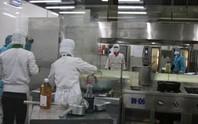 Khám phá bếp ăn đặc biệt làm 22.000 suất ăn/ngày cho các chuyến bay