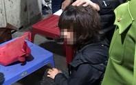 Nghi án bịt mặt nổ súng, cướp tài sản của nữ tiểu thương ở chợ Long Biên