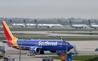 Boeing 737 Max 8 hạ cánh khẩn vì lỗi động cơ