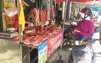 Né thịt heo, tăng mua gà, cá...