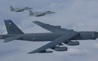 Mỹ đưa B-52 đến gần các điểm nóng trên biển Đông