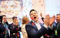 Tổng thống đắc cử Ukraine: Từ phim đến đời thật