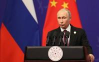Ukraine chuẩn bị trừng phạt Nga về việc cấp hộ chiếu