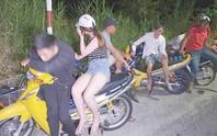 Hàng trăm quái xế gây náo loạn trên tuyến đường Xuyên Á