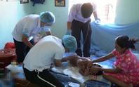 Vụ bác sĩ năn nỉ bố mẹ cứu bé 9 tuổi bị phỏng nặng: Gian nan đưa bé trở lại bệnh viện