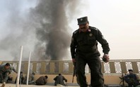 """""""Lực lượng NATO"""" không kích nhầm, 17 cảnh sát thiệt mạng"""