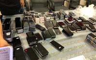 Hải quan Tân Sơn Nhất  bắt giữ hơn 400 điện thoại nhập lậu