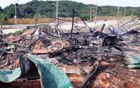 Cháy nổ lớn xăng dầu ở Cam Ranh, 2 người chết