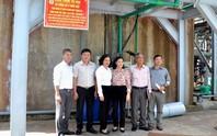 ĐỒNG THÁP: Gắn biển công trình mừng ngày thành lập Công đoàn Việt Nam