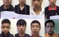 Mâu thuẫn qua facebook, 8 thiếu niên giết người
