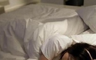Gã trai gài bẫy trong khách sạn đưa nhiều cô gái trẻ đua đòi vào tròng