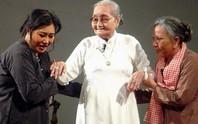 Tổng duyệt Bông hồng cài áo, kỳ nữ Kim Cương nghẹn ngào nhớ mẹ