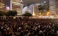 Hồng Kông: Hàng ngàn công chức bất chấp cảnh báo, tham gia biểu tình