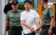 Vừa ra tù, thủ lĩnh sinh viên Hồng Kông bị bắt lại