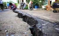 Một công ty xây dựng không phép gây ra vụ sạt lở nghiêm trọng ở TP HCM