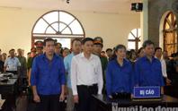 Hoãn phiên tòa xử 8 bị cáo vụ gian lận điểm thi Sơn La