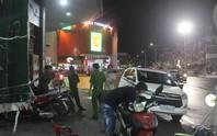 Hàng chục giang hồ truy sát và chém gục 1 người giữa TP Biên Hoà