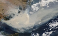 Cháy rừng Úc: Khói lan ra toàn cầu, gây hiện tượng thời tiết lạ