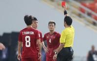 Chiếc thẻ đỏ tai hại khiến Đình Trọng vắng mặt ở vòng loại World Cup