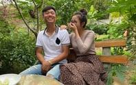 Quế Ngọc Hải bế con, Phan Văn Đức bối rối cùng vợ chúc Tết bạn đọc Báo Người Lao Động