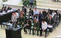 Xử 2 nguyên chủ tịch Đà Nẵng: Bị cáo khóc nghẹn và sốc khi bị đề nghị 14-16 năm tù