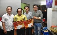 Mai Vàng nhân ái thăm 2 NSƯT - nhạc sĩ Hoàng Thành và Minh Tâm