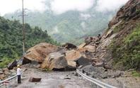 Quảng Bình: Núi sạt lở vùi lấp làm 1 người chết, 3 mất tích