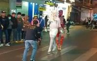 Nhóm thanh niên trình diễn phản cảm ở Đà Lạt: Nghệ thuật mới(!?)