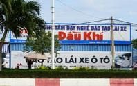 Hàng ngàn học viên lái xe ở Bà Rịa- Vũng Tàu bất ngờ bị... bỏ rơi!