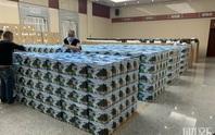 Hàng ngàn bình tro cốt chuyển đến nhà tang lễ Vũ Hán