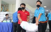 """59 tấn gạo """"lên xe"""" về với người khó khăn 24 quận, huyện TP HCM"""